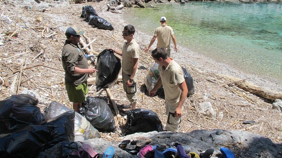program_NP_Mljet_čistač_Nadzornici u akciji čišćenja, volonteri pridružite nam se