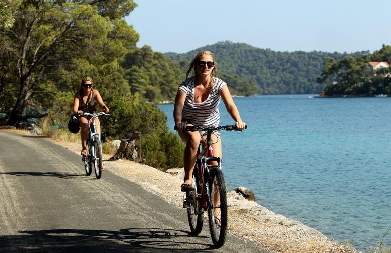 program_NP_Mljet_istraživač_Nakon anketiranja opusti se uz malo bicikliranja!