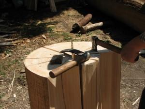 Zasijecanje ravnom vagačom i dobivanje cjepanica - zgonata